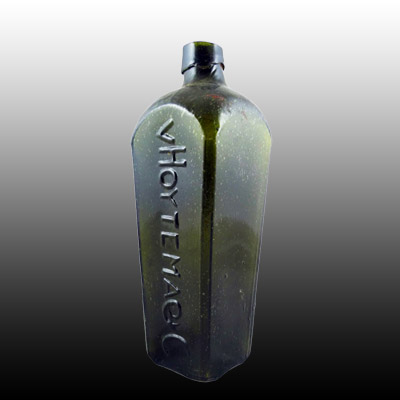 Mould blown embossed case gin